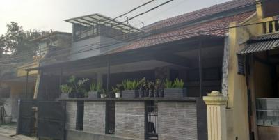 Rumah Nyaman 2 lantai SHM di jl sukaati kota Bandung