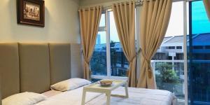 Best Deal! Puri Mansion Apartement Tipe Studio Room Eksklusif View Kolam Renang