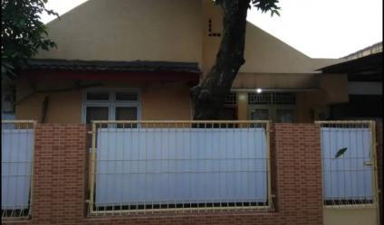 Rumah Ciputat Baru Dalam Perumahan