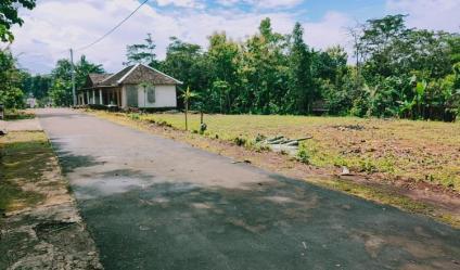Tanah Idaman Super Datar di Desa Wisata Mojogedang Karanganyar Telp/WA: 082327612345