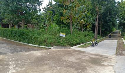 Tanah Strategis Dekat Pemukiman Masyarakat Mojogedang Karanganyar Telp/WA: 082327612345