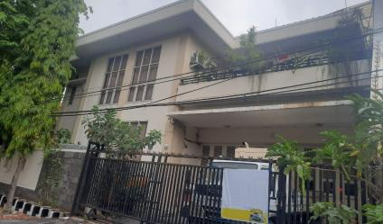 Jual Rumah Mewah di Jalan Barata Jaya Kota Surabaya