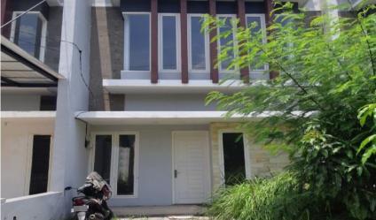 Rumah Kosong Strategis Perumahan Green Semanggi Surabaya