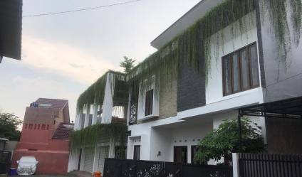 Rumah MEWAH MINIMALIS Modern dalam Perumahan di Jalan Damai Jakal km 8.5