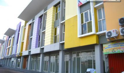 DiSEWA Ruko Purimas., Rungkut, Surabaya - Strategis, Istimewa 3 Lantai