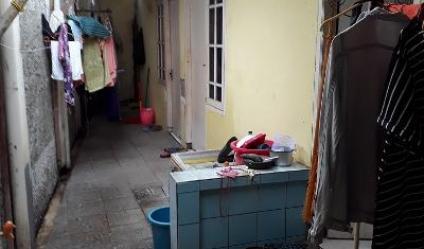 Dijual rumah kos Rp.875 jt dkt Stasiun Kramat Halte busway Ps Genjing Pramhka Jkt-Pus