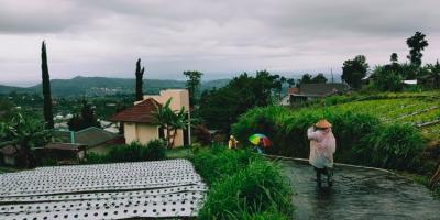 Rumah Vila Siap Huni Kawasan Wisata Alam Kemuning Karanganyar