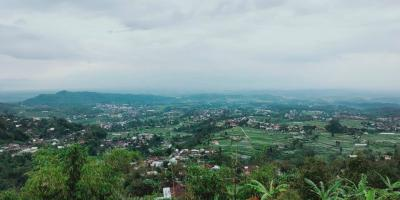 Tanah Strategis View Pemandangan Alam Kemuning Ngargoyoso Karanganyar