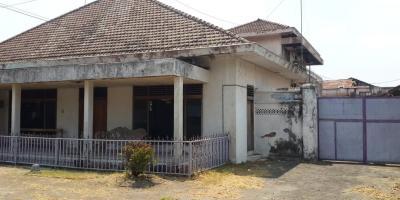 Jual Rumah dan Gudang Bekas Pabrik Daerah Kemasan Kota Kediri