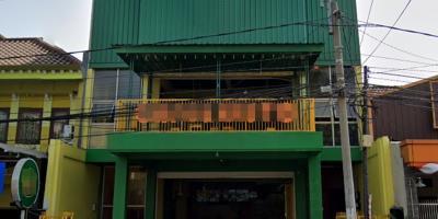 Tiga Unit Rumah Ruko Dan Gudang Murah Di Gresik Kota Baru