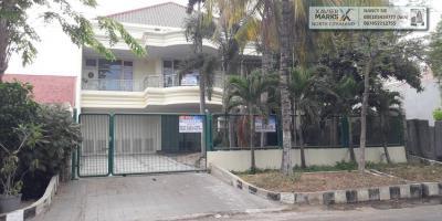 RUMAH DISEWAKAN @ Imam Bonjol Surabaya. Commercial Area and Top Location