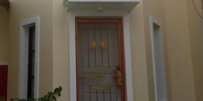 House for Rent, Furnish Furniture, lokasi depan TranStudio Cibubur, hub. 08128415018