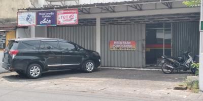 Sewa Ruko Ex Alfamart 2 Lantai Murah Lokasi Strategis Dekat Alun-alun Kota Malang