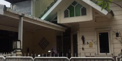 Rumah Taman Modern Cakung