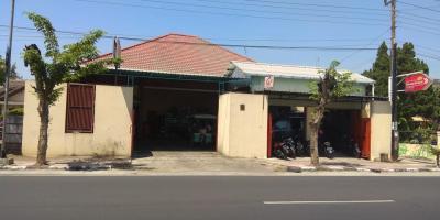 Jalan Raya Strategis Rumah dan Tempat Usaha (Toko/Kantor)